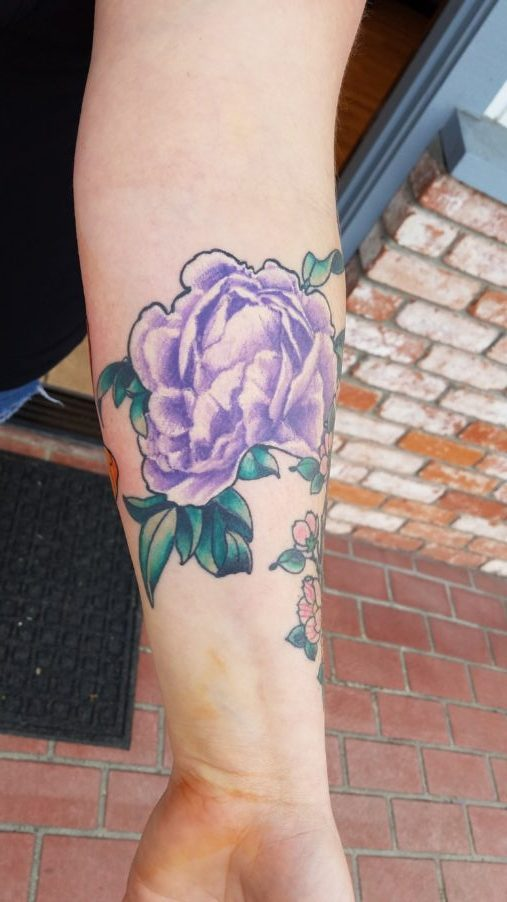 Floral design tattoo